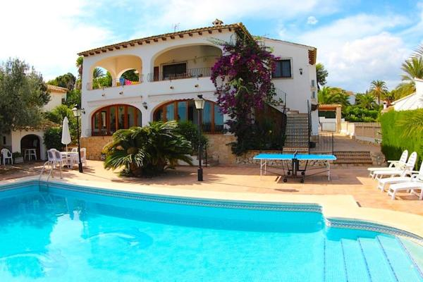 Waterfront Luxury Villa Marcus