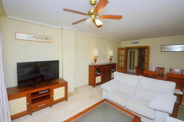 Artola Beach 3 Bedroom Tranquil Apartment