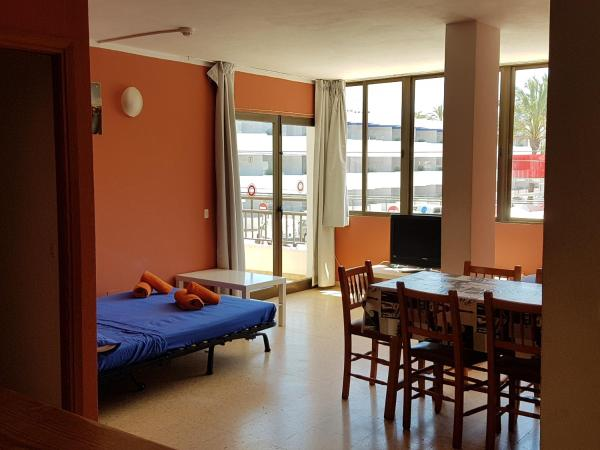 Apartamentos Moma Daus