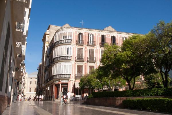 Malaga Center Flat Cister
