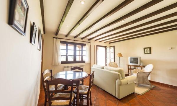 Apartamentos Rurales Antanielles