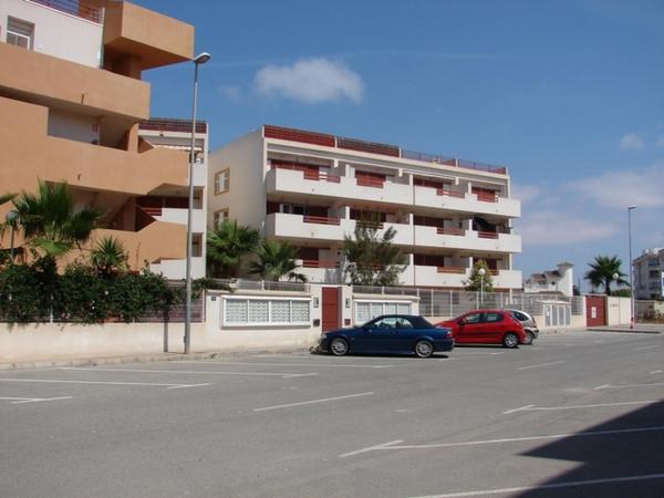 Apartamento en Playa Flamenca (residencial El Rincon)