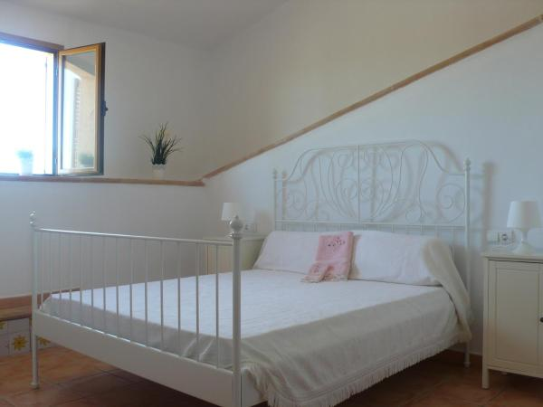 Lodging Apartments Can Roca