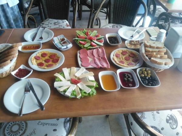 Marina Pansiyon&Cafe