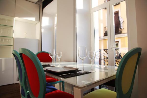 Luxury Design Apartment City Center
