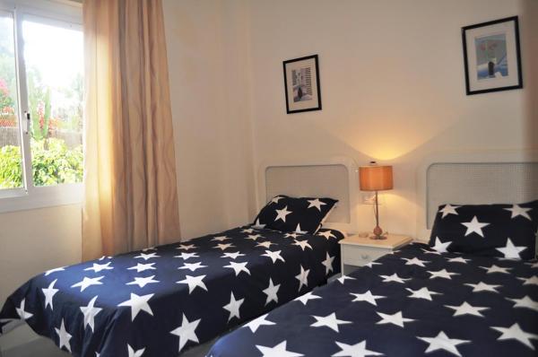 Apartment 44 Club Caronte