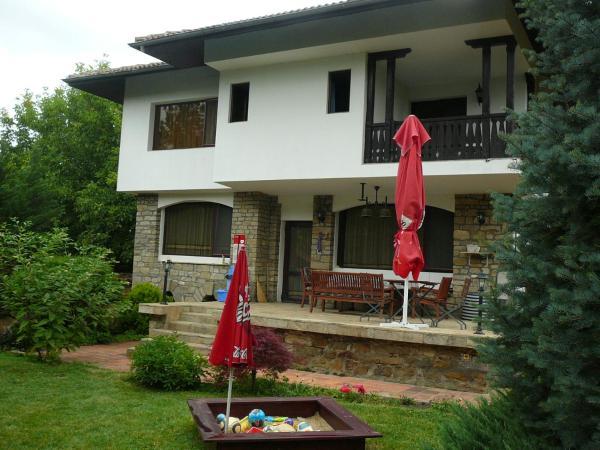 Moni House