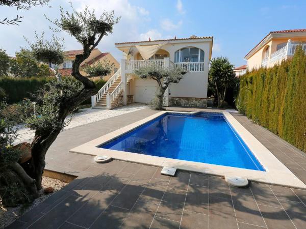 Holiday home Urb. Ampolla Mar L'Ampolla