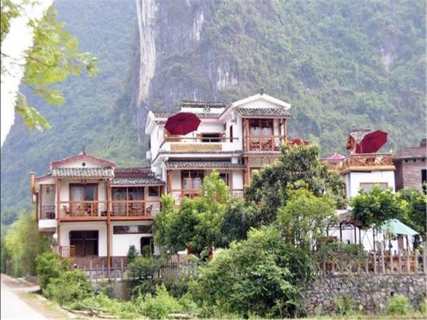 Yangshuo Phoenix Pagoda Fonglou Retreat