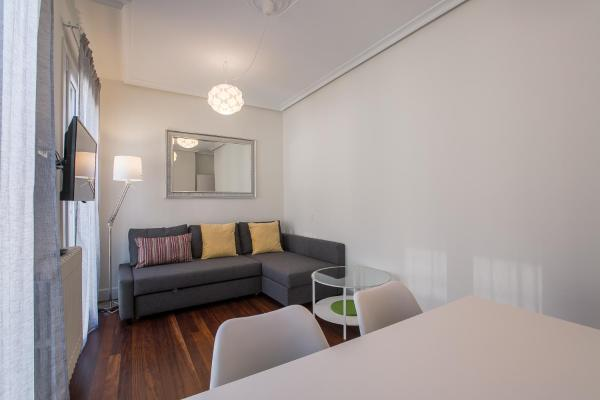 Perla Apartment by People Rentals