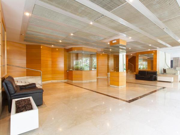 Residential Illa Diagonal Apartment