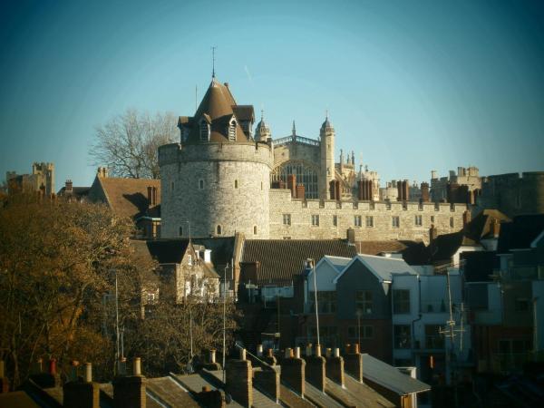 Heart of Windsor Rooms_1