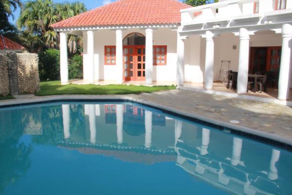 Villa Carribean Union