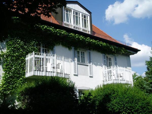 Villa am Schlosspark_1