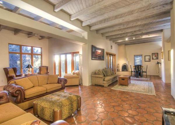 Casa Governor Four-bedroom Holiday Home