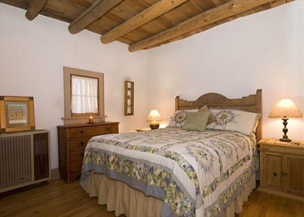 Santa Fe Treasure Three-bedroom Holiday Home