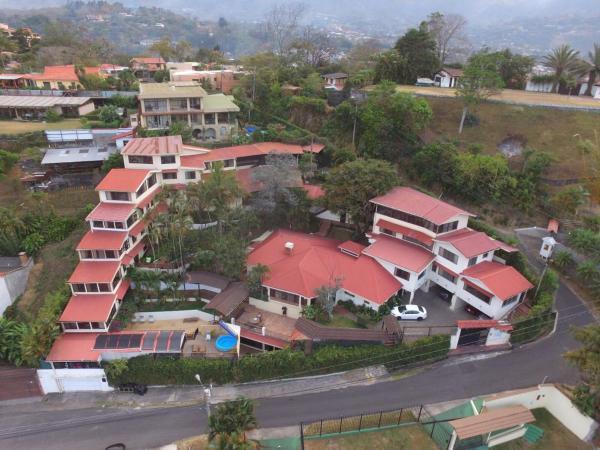 Casa Reflejos