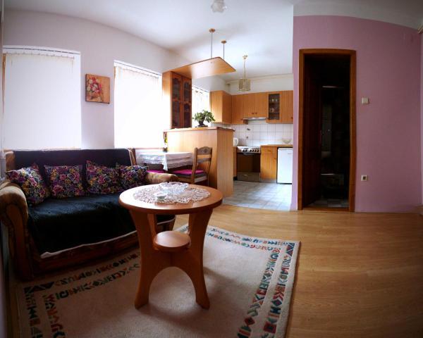 Apartment Little Ema