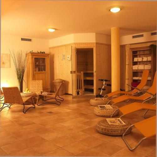 stadthotel gersthofen gersthofen deutschland europelowcost. Black Bedroom Furniture Sets. Home Design Ideas