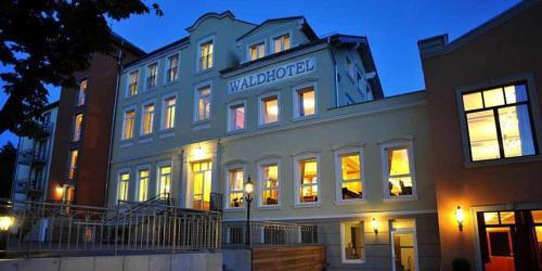 waldhotel rheinbach in rheinbach auf staedte. Black Bedroom Furniture Sets. Home Design Ideas