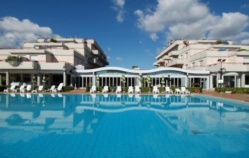 Residence Club Hotel Le Terrazze Grottammare Low Rates No