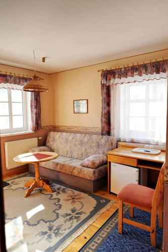 Trebäddsrum med balkong (Triple Room with Balcony)