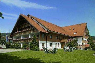 Haus Kaufen Isny : landgasthof zum schwarzen grat in isny im allg u auf staedte ~ A.2002-acura-tl-radio.info Haus und Dekorationen