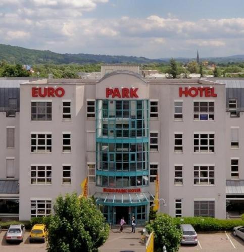 book euro park hotel hennef hennef germany. Black Bedroom Furniture Sets. Home Design Ideas