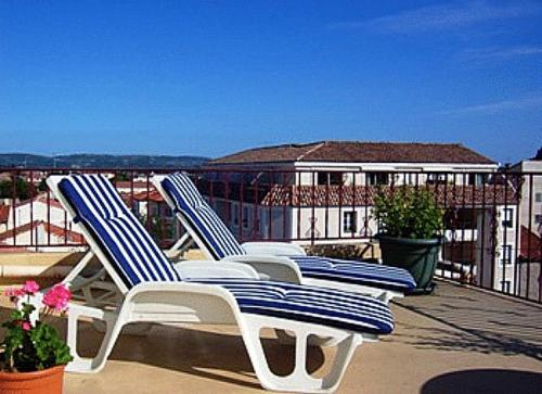 Hotels narbonne 11100 plage baln o meilleurs h tels - Hotel narbonne plage avec piscine ...