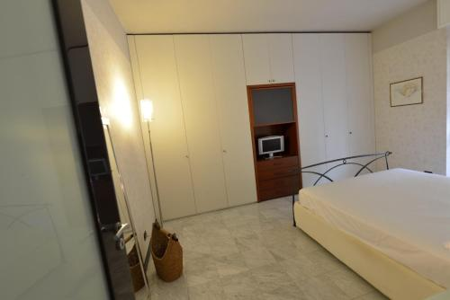 First-Floor One-Bedroom Apartment - Via XXIV Maggio 12/14