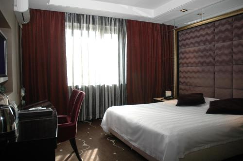 Phòng Business giường Queen (Business Queen Room)