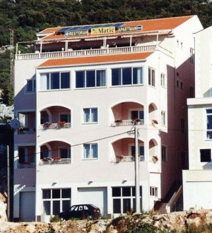 Villa Matic