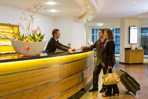 Best Western Hotel Am Schlossberg N Ef Bf Bdrtingen