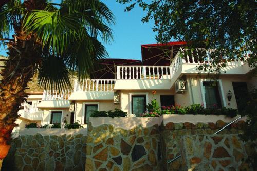 Palmetto Beach Hotel