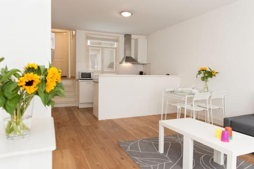 Two-Bedroom Apartment Christof I