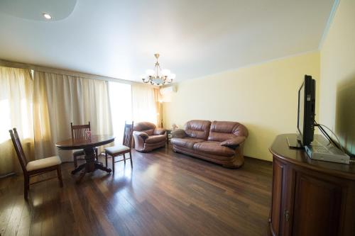 Apartment with Balcony - Ulitsa Lermontova  20