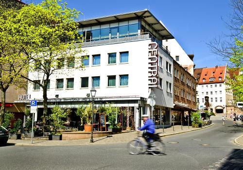 hotels list near n rnberg nue airport germany airport hotels best price. Black Bedroom Furniture Sets. Home Design Ideas