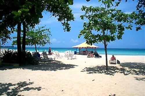 Negril Beach Club Resort Hotel Low Rates No Booking Fees