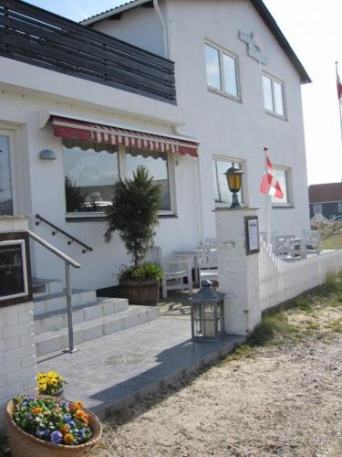 Klithjem Badehotel Vejers Strand | Low rates. No booking fees.