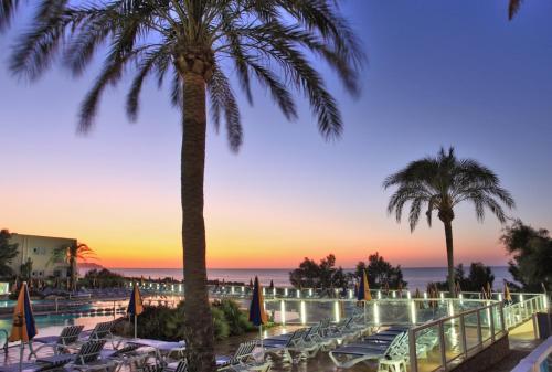 Sirenis Hotel Club Aura San Juan Bautista | Low rates  No