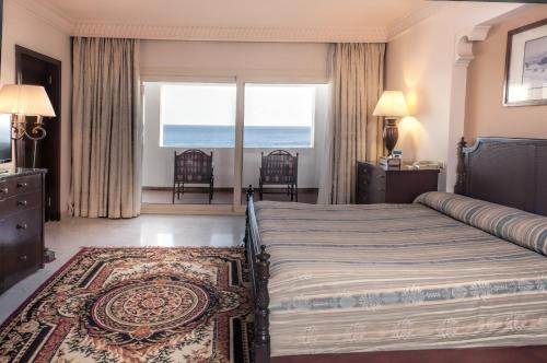 Standard tredobbelt værelse med havudsigt (Standard Triple Room with Sea View)
