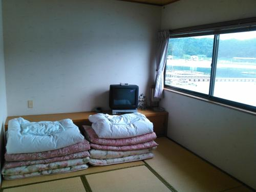 Single Futon in Japanese-Style 2-Bed Mixed Dormitory Room