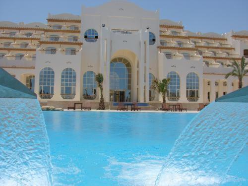 Pyramisa Blue Lagoon Resort