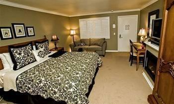 Hadsten House Inn & Spa hotel Solvang | Low rates. No booking fees.