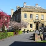 Hotels near Octagon Theatre - Manor Hotel