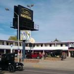 Downtown Xenion Motel