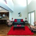 The Hollywood Red Carpet Apartment