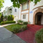 WeHo Vintage Apartment Rental #4