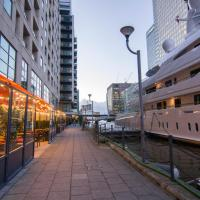 Canary Wharf - Riverside Apartments