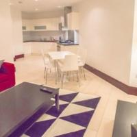Two-Bedroom Apartment in Barbican